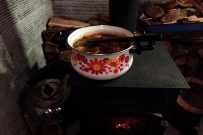 薪ストーブ 煮込み料理
