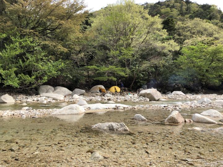 渓流キャンプへ